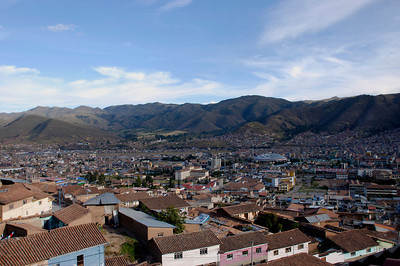 We stayed at Hostel Milton in Cuzco. Milton has 2 locations, one in the center of the city and another on the edge of town. We stayed at the one on the edge of town. Although it was a short taxi ride to town, we had a great view of Cuzco from the roof top. Milton did a great job helping us setup the Sacred Valley visit and the Machu Picchu trip.