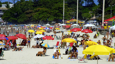 You may have heard of the beautiful beaches in Rio. This beach is named Copacabana. Our hotel was only 1 block from the beach; NICE! The beach was lined with small tiendas so we didn't have to walk far for snacks and drinks. Medicinal!