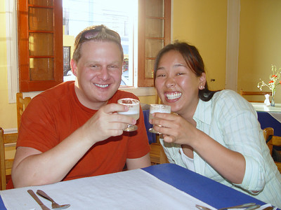 Of course walking makes one thirsty. Pam and Chris enjoyed a pisco sour ... or two ... or was it three???