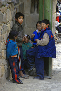 We were greeted by this group of kids as we exited the Ollantaytambo Ruins. We haven't mentioned that it's cold here,due in part, to the over 9,000 feet of elevation.