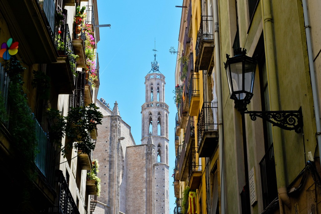 Walking around the narrow streets near the Picasso Museum. If you find this church, you're close to Sargardi's.